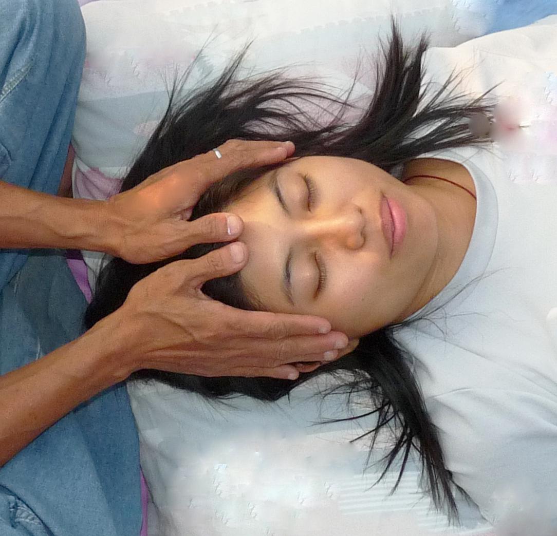 healing hands 3c.jpg