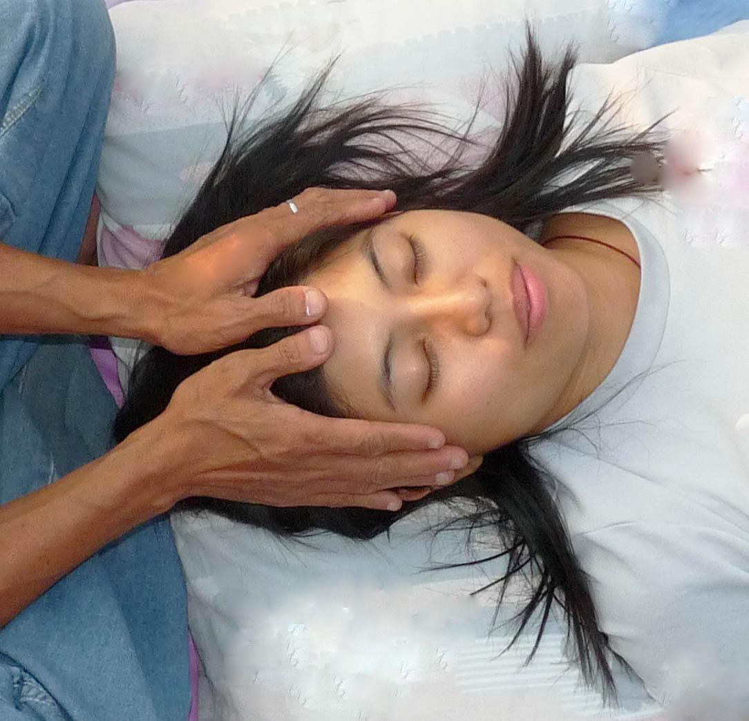 healing hands 3c....jpg